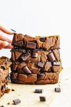 Healthy Chocolate Chunk Pumpkin Bread – A Simple Palate – Diet Oat Flour Recipes, Baking Recipes, Dessert Recipes, Delicious Desserts, Healthy Pumpkin Bread, Pumpkin Chocolate Chip Bread, Frozen Pumpkin, Pudding, Fall Baking