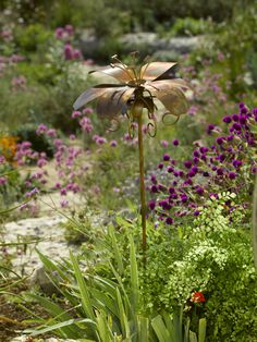 Daylily Garden Stake