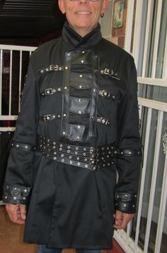 Gothic Men, Chef Jackets, Menswear, Clothing, How To Wear, Fashion, Goth Men, Outfits, Moda
