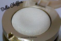 Milani Bella Chiffon 28(Shimmer/Highlighter)