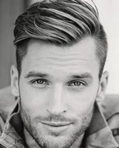 Frisuren Bei Geheimratsecken Männer Thin Hair Cuts hair cuts for boys with thin hair Best Undercut Hairstyles, Hairstyles For Receding Hairline, Men Undercut, Mens Hairstyles Widows Peak, Big Forehead Hairstyles Men, Trending Hairstyles, Popular Hairstyles, Short Undercut, Fashion Hairstyles