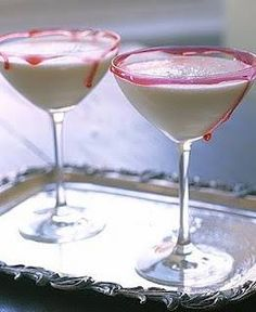 FLASCHIE PINA GHOULADA 200ml Flaschengeist Pina Colada Liqueur 1 can of coconut cream 1/2 cup ice cream 500ml pineapple juice Blend all ingredients with ice and serve in a 'Blood' rimmed glass (combine red food colouring and corn flour)