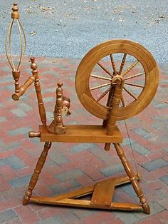 how to make a spinning wheel out of paper