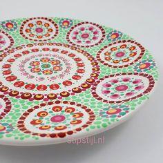 Mandala Painting, Dot Painting, Color Me Mine, Candle Box, Posca, All Craft, Tatoos, Dots, Clay