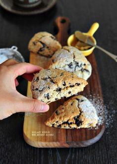 노버터,달콤 부드러운 초콜릿 스콘 만들기(생크림스콘) : 네이버 블로그 Kimchi, Cereal, Muffin, Food And Drink, Cookies, Baking, Breakfast, Sweet, Desserts