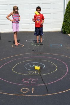 DIY Summer Activities for Kids Sponge Bullseye! DIY Summer Activities for Kids! DIY Summer Activities for Kids!