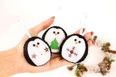 Pinguini di Natale, decori in feltro, decorazioni da albero di Natale, pinguini decorati, ornamenti simpatici di Lanatema su Etsy