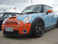 Mini Cooper Gulf #gulf #mini #cooper I want one of these!