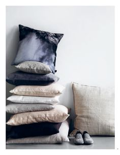 Fantastic pillows from by nord's Spring/Summer 2013 collection. Earthy Color Palette, Inspiration For Kids, Scandinavian Home, Dream Apartment, Sustainable Design, Throw Rugs, Soft Furnishings, Home Textile, Cushion Covers
