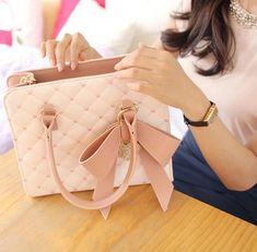 43% off for Sweet Women's Tote Bag With Bow and Checked Design