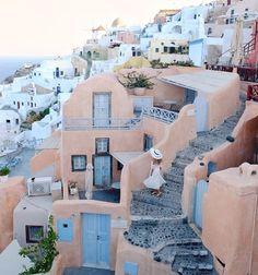 @kriselle is Not Lost in Oía Greece #sheisnotlost http://ift.tt/2waekgG