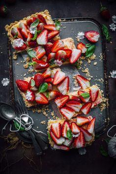 White Chocolate and Strawberry Tart