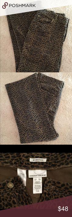 💐Jones New York Sport animal print pants💐 Jones New York Sport animal print pants only worn twice. Excellent condition 5 pocket style Jones New York Jeans Straight Leg