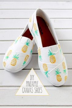 Pineapple painted shoes - Hand painted sneakers