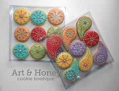 Art's amazing cookies - like her shallow clear boxes