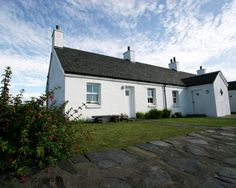 Peaceful cottage retreat on, beautiful car-free Easdale - Oban Scottish Holidays, West Coast Scotland, Rural Retreats, Holiday Accommodation, Small Island, Stunning View, Beautiful, Lodges, Places To Go
