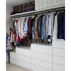 2 all the way it's a Malm for me! If you've got closet goals like this, now's the time to get that drawer you've been eyeing on… Walk In Closet Ikea, Girl Closet, Closet Bedroom, Diy Wardrobe, Wardrobe Doors, Wardrobe Design, Sliding Wardrobe, Modern Wardrobe, Malm Drawers