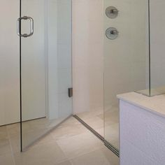 Curbless roll-in accessible shower Master Shower, Master Bathroom, Washroom, Bathroom Interior, Bathroom Ideas, Compact Bathroom, Bath Tiles, Shower Pan, Modern Baths