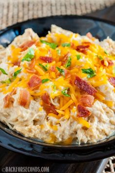 Crock Pot Cheesy Bacon Ranch Chicken paleo dinner for one Keto Crockpot Recipes, Crockpot Dishes, Healthy Recipes, Crock Pot Cooking, Slow Cooker Recipes, Low Carb Recipes, Cooking Recipes, Crockpot Meals, Crock Pots