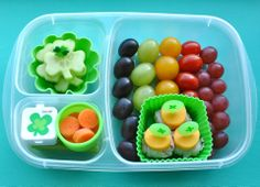 Ideas for picky eaters. Making healthy eating fun with bento and muffin tin meals. Bento Box Lunch For Kids, Easy Lunch Boxes, Lunch Snacks, Lunch Ideas, Cute Food, Good Food, Rainbow Fruit, Bento Recipes, Spring Recipes