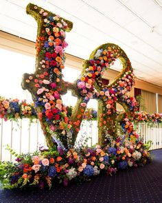 Valentine Decorations, Flower Decorations, Wedding Decorations, Flower Wall Wedding, Wedding Flowers, Wedding Bouquet, Flower Power, Orchid House, Flower Installation