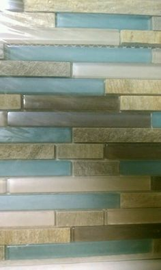 Backsplash. Gorgeous beachy colors.