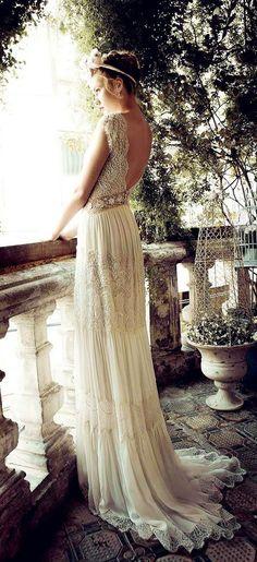 cool 170 Vintage Wedding Dress Ideas https://weddmagz.com/170-vintage-wedding-dress-ideas/