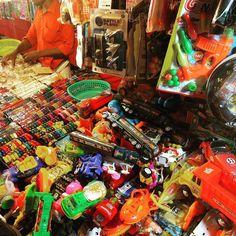#changarro #indio de #purotiliche #juguetes #tilichea #kerala #india #colores #toy #toys #colors