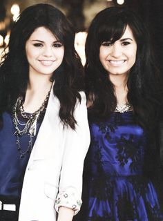 Selena e Demi *-*