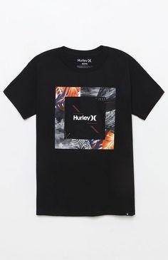 Its all about trendy t-shirt designs T Shirt Designs, Shirt Print Design, Tee Design, Graphic Shirts, Printed Shirts, Tee Shirts, T Shirt Custom, Geile T-shirts, Mode Editorials