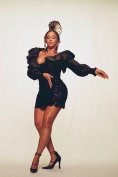 Beyoncé — mazesmiths: BLACK IS KING (2020) dir. Emmanuel... Estilo Beyonce, Beyonce Style, Beyonce Knowles Carter, Beyonce And Jay Z, Brown Skin Girls, Queen B, Female Singers, Beautiful Black Women, Black Girl Magic