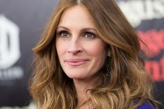 Julia Roberts & Cicely Tyson To Be Honored at the Alliance for Women in Media Anniversary Gracies Awards Julia Roberts, Celebrity Houses, Celebrity Photos, Celebrity News, Big Noses, Actrices Hollywood, Best Dance, Oscar Winners, Female Actresses
