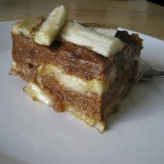 Banana and Date Strudel- Freelee's strudel recipe - Sliced bananas & apples layered with dates processed with a little water - maybe some cinnamon - nice ...