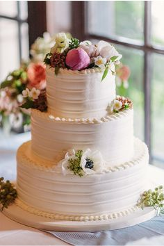 DIY Naked Cake Photo by Apryl Ann Photography Cake by Cakewalk