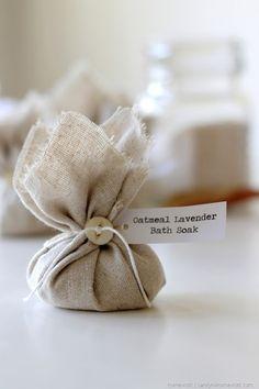 Oatmeal Lavender Bath Soak via homework 9 Lavender Bags, Lavender Sachets, Lavender Fields, Bath Bomb Packaging, Oatmeal Bath, Nails Polish, Bath Tea, Homemade Gifts, Diy And Crafts