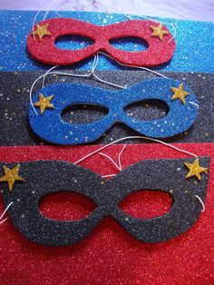 These are super easy to make! DIY it! Fab for favours! Superhero Theme Party, Superhero Kids, 4th Birthday, Birthday Parties, Birthday Ideas, Storybook Character Costumes, Favours, Party Time, Super Easy