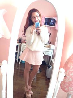 Bloused sweater and high waisted skirt - 1950's inspired pastel outfit