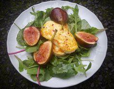 Fig and halloumi salad - CookTogether