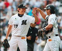 Yoshihisa Naruse and Tomoya Satozaki (Chiba Lotte Marines)