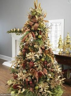 2012 Decorated Christmas Trees from Raz | Christmas trees blog