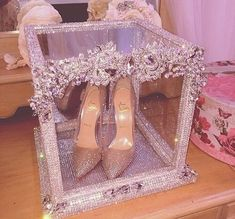 Meus 15 anos Quinceanera Shoes, Quinceanera Planning, Quinceanera Party, Quince Decorations, Quinceanera Decorations, Sweet 15 Decorations, Sweet 16 Birthday, 15th Birthday, Wedding Shoes
