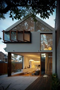 The Elliott Ripper House by Christopher Polly Architect - http://www.interiordesign2014.com/architecture/the-elliott-ripper-house-by-christopher-polly-architect/
