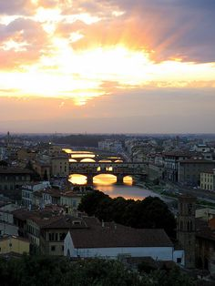 Around Tuscany - One day in Florence: 10 things you HAVE to do!