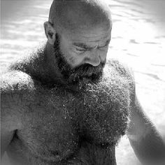 BEARd of the day www.BEARdOilCo.com #BEARDOilCo #bear #beardsrule #BEARdOil #mensgrooming #musclebear #beards #hairy #beardoftheday