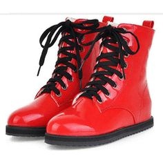 2A4S008 Hot PVC Martin boot w flat heel, size (2~6), red for R$280.00