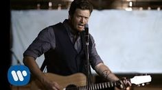 Blake Shelton – God Gave Me You http://www.countrymusicvideosonline.stfi.re/god-gave-me-you-blake-shelton/ | country music videos and song lyrics  http://www.countrymusicvideosonline.stfi.re