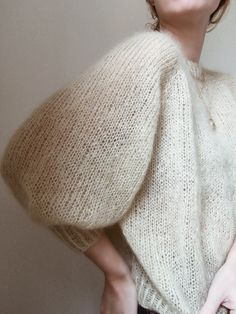 Sweater No. 1 pattern by My Favourite Things, Ravelry: Sweater No. 1 pattern by My Favourite Things. Rib Stitch Knitting, Knitting Terms, Cable Knitting, Free Knitting, Jumper Knitting Pattern, Mohair Sweater, Knit Fashion, Knitwear, Beanie