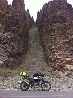 Himalayan Odyssey Motorcycle Camping, Motorcycle Style, Motorcycle Adventure, Himalayan Royal Enfield, Royal Enfield Accessories, India Travel, India Trip, Off Road Bikes, Custom Bikes