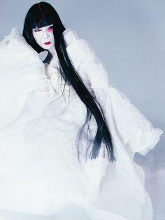 g-a-r-l-a-n-d-s : 画像 Japan Fashion, Fashion Art, Fashion Models, Yamaguchi, Portraits, Oriental Fashion, Japanese Models, Vintage Bridal, Asian Style