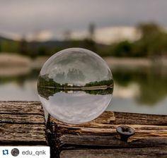 Hoy reposteamos esta fantástica foto de @edu_qnk. Quieres que publiquemos tus fotos de la provincia de #Cuenca? Etiquétanos o usa el hashtag #zascandileandoporcuenca! Cuando metemos la laguna de Uña en una bola de cristal #laguna #uña #agua #bola #boladecristal #nikon #nikonphotography #nikon_owners #nikon_photography_ #tamron #tamronlens #nikond7100 #cuenca #cuencaenamora #descubrecuenca #zascandileandoporcuenca #relax #total_spain #total_castillalamancha #total_nature…